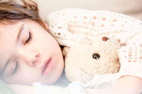 Medium bed child cute 101523