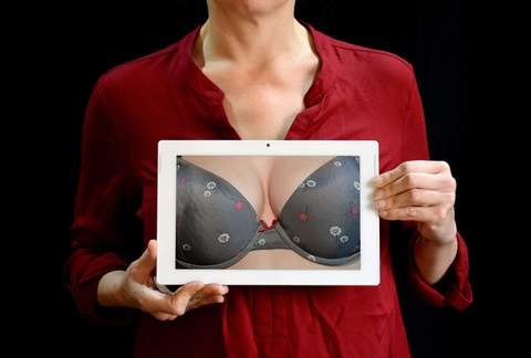 Medium adult bra breast 209680