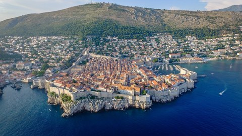 Medium dubrovnik city 2236067 1280  1