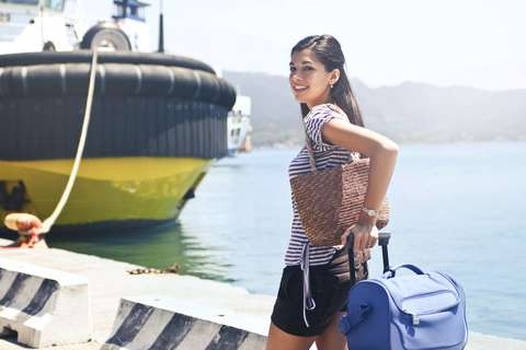 Medium cruise departure fashion 1023583  1