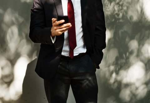 Medium fashion indoors man 1081235  1