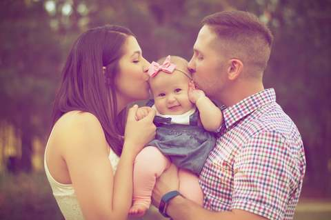 Medium affection baby baby girl 377058  1