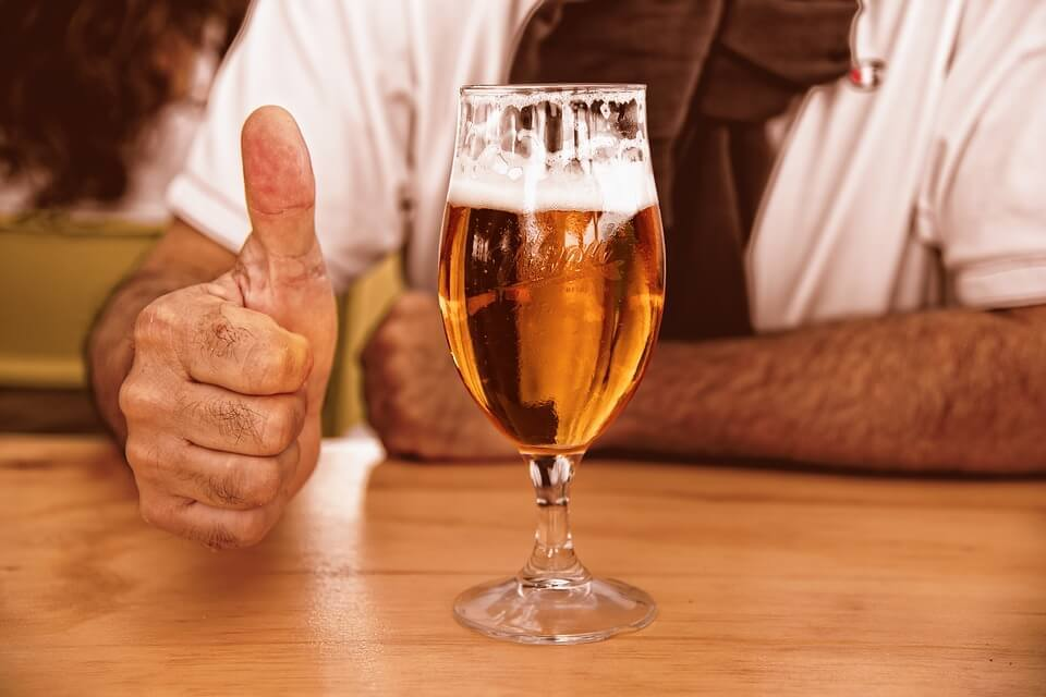 Large glass of beer 3444480 960 720  2