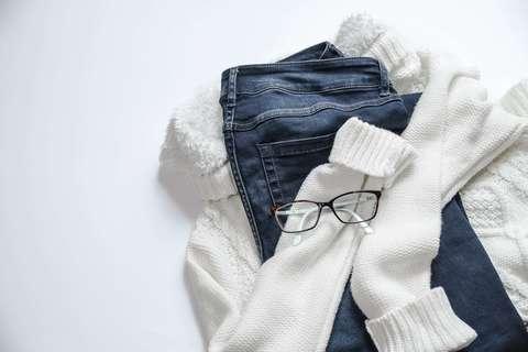 Medium apparel casual clothes 934070