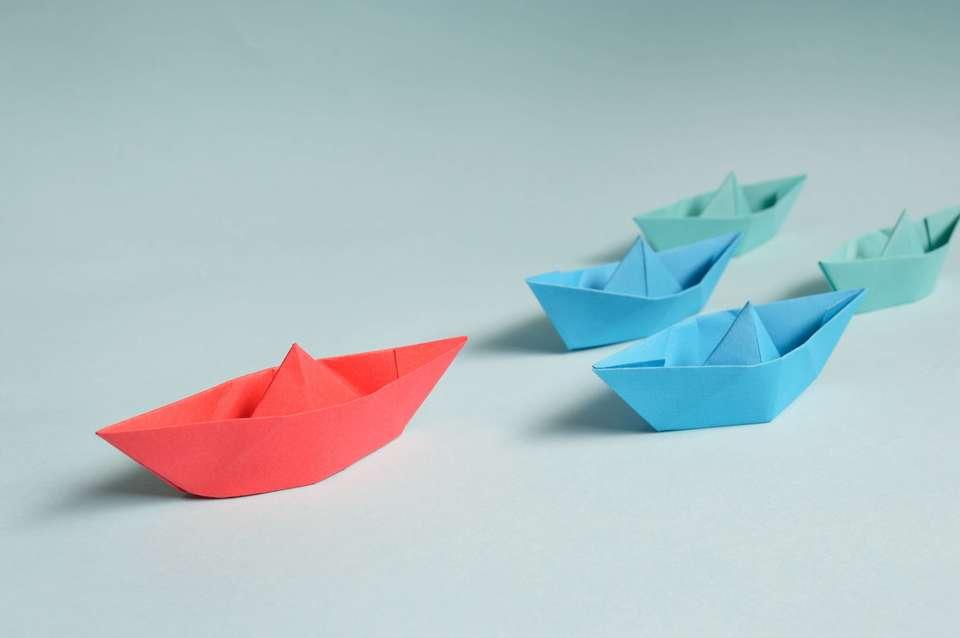 大人向け折り紙で作った船